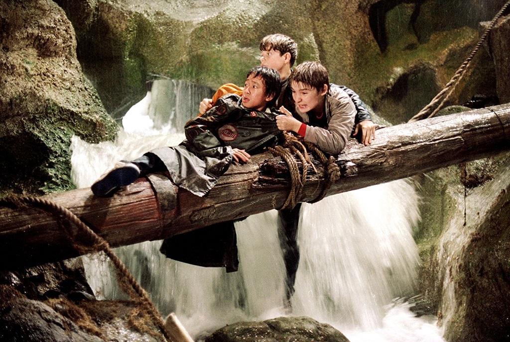 Sean Astin, Corey Feldman, and Jonathan Ke Quan in I Goonies (1985)