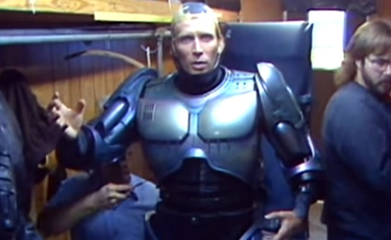 peter weller robocop 1987 set costume