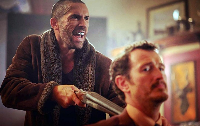 Scott Adkins e Nick Moran in Avengement (2019)