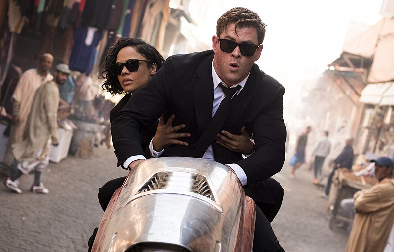 Chris Hemsworth e Tessa Thompson in Men in Black International (2019)