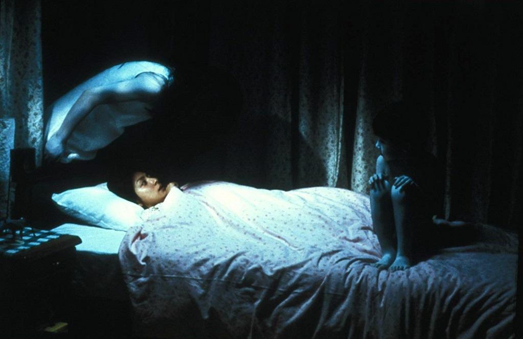 Megumi Okina, Takako Fuji e Yuya Ozeki in Ju-on - Rancore (2002) film