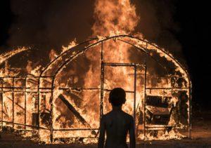 BURNING - L'AMORE BRUCIA film