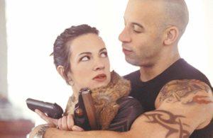Asia Argento e Vin Diesel in xXx (2002)