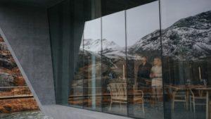 Nikolaj Coster-Waldau in Suicide Tourist - Selvmordsturisten (2019)