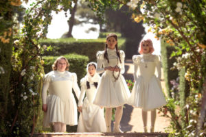 Emma Roberts, Eiza González, Danielle Macdonald e Awkwafina in Paradise Hills (2019) film