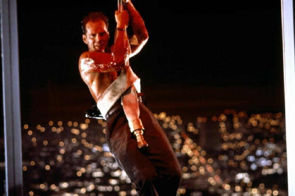Bruce Willis in Die Hard (1988) trappola