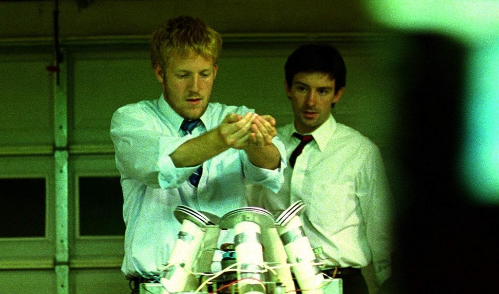 David Sullivan e Shane Carruth in Primer (2004)