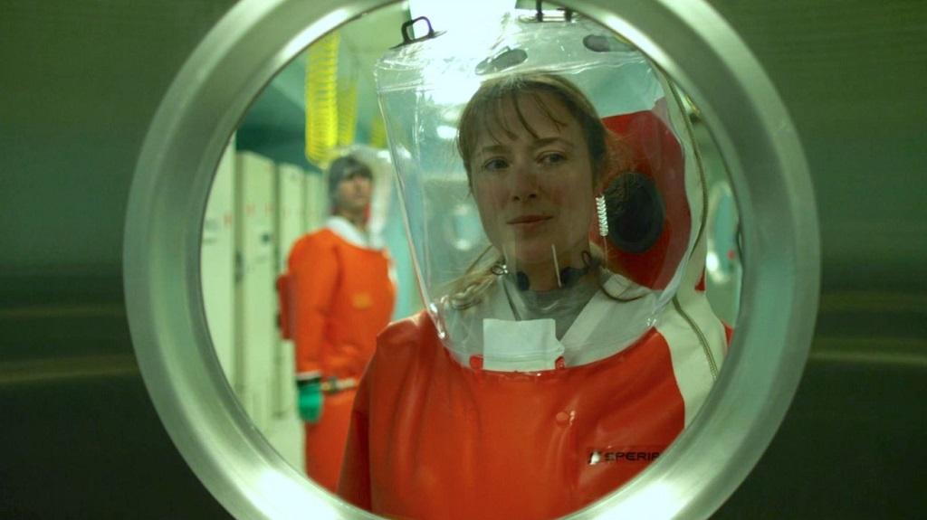 Jennifer Ehle e Demetri Martin in Contagion (2011) film