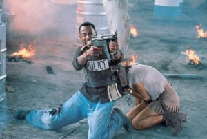 Téa Leoni e Martin Lawrence in Bad Boys (1995)