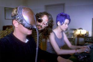 Christopher Lambert, Stefania Rocca e Sergio Rubini in Nirvana (1997)