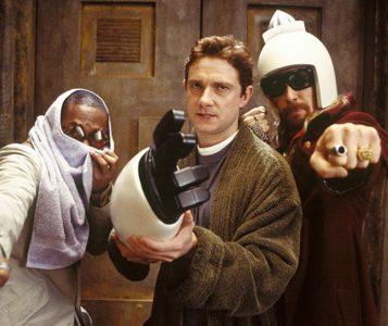 guida galattica per autostoppisti film 2005 Sam Rockwell, Yasiin Bey e Martin Freeman