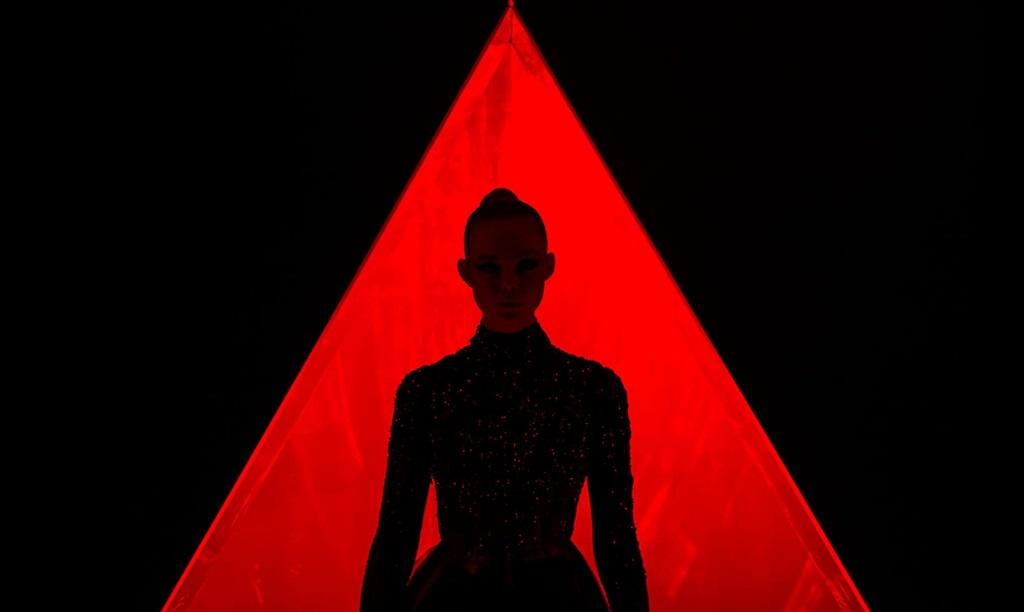 the neon demon elle refn film