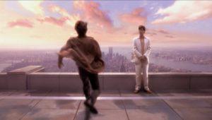 Tom Cruise e Noah Taylor in Vanilla Sky (2001)