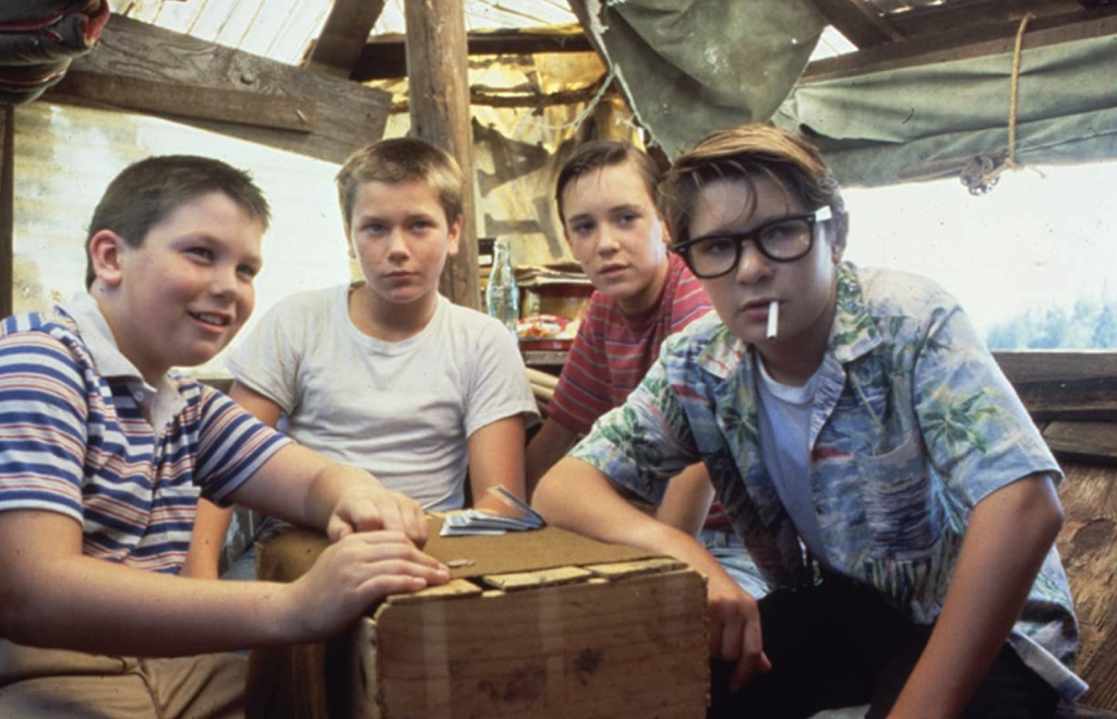 River Phoenix, Corey Feldman, Wil Wheaton e Jerry O'Connell in Stand by Me (1986)