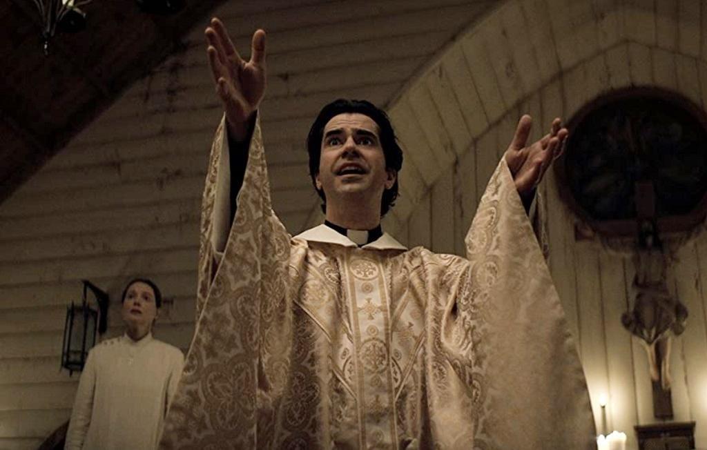 Midnight Mass (serie Netflix): la recensione dei 7 episodi targati Mike  Flanagan - Il Cineocchio